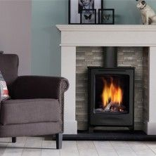 If you have a small living room but need an atmospheric fireplace then the Global Beau CF is the ideal stove for you. This is a classic, freestanding stove with a conventional flue that is designed to stand alone or be installed into inglenook chimneys. Free Standing Gas Stoves, Gas Stove Fireplace, Fireplace Ideas, Traditional Fireplace, Electric Fires, Gas Fires, Modern Traditional, Fireplaces, Wood Burner