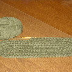 Crochet an Oval Using a Double Crochet Stitch