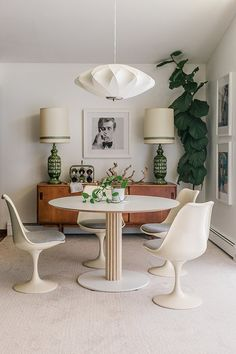We've hacked the IKEA Billsta table using this easy and design-worthy DIY where dowels are the featured material. Ikea Dinning Table, Ikea Table Hack, Dining Chairs, Dining Room, Ikea Coffee Table, Desk Chairs, Office Chairs, Lounge Chairs, Dining Area