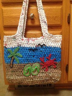 Newest plarn bag from www.facebook.com/plarnyyarn :)