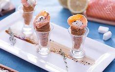 Mini cornetti salati al salmone e stracchino