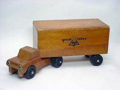 Vintage Mid Century GREAT LAKES TOYS Wood SemiTruck Rubber Wheels Toy Wooden