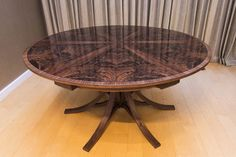 Johnson Furniture is a cabinet making business producing bespoke furniture specialising in expanding circular dining tables Expanding Round Table, Circular Dining Table, Expandable Dining Table, Walnut Dining Table, Dining Tables, Dining Room, Bespoke Furniture, Wood Furniture, Round Kitchen