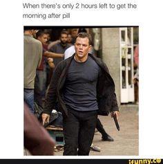 Funny Memes Pictures of Today - GAGnsta Jason Bourne Series, Matt Damon Jason Bourne, Old Memes, Funny Memes, Hilarious, Bourne Movies, Doug Liman, Franka Potente, The Bourne Ultimatum