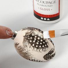 Terracotta eieren met veren - Creatieve activiteiten