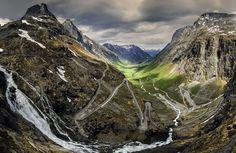 Trollstigen, traducido como el camino de los trolls en #Noruega (foto de G. Petkov)