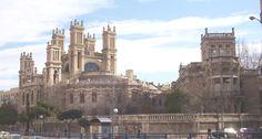 Hospital de Maudes (Madrid) // El Hospital de Jornaleros de San Francisco de Paula, más conocido como Hospital de Maudes (y antiguamente como Hospital de Jornaleros) es un conjunto de edificios situado en el distrito de Chamberí de Madrid (España), con fachadas al nº 18 de la calle de Raimundo Fernández Villaverde (norte), 17 de la Calle de Alenza (este), 2 de la calle de Treviño (oeste) y 17 de la calle de Maudes (sur). A pesar de los diversos nombres que ha tenido el Hospital a lo largo de…