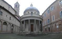 Siamo nel 2016 e trovare un bagno pubblico per le vie di Roma o semplicemente per le stazioni metropolitane è un miraggio. Nel 1963 il crollo di un muro adiacente la chiesa di San Pietro in Montori…