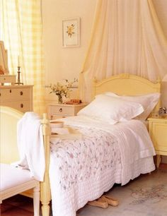 white/yellow bedroom