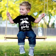 Frisuren für Kleinkinder mit nach vorne gestylter Deckpartie