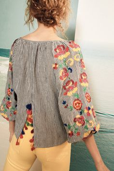 Shop the Embroidered Soleil Top and more Anthropologie at Anthropologie today. Read customer reviews, discover product details and more.