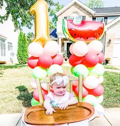 """Party Hop 🎉 Decor & Balloons on Instagram: """"We think you're ALL 🍉One in a Melon 🍉 We tell customers all the time how versatile and easy to move our birthday balloon columns are, and…"""" Girl First Birthday, First Birthday Parties, First Birthdays, Balloon Columns, The Balloon, One In A Melon, Birthday Balloons, Cake Smash, Themed Cakes"""