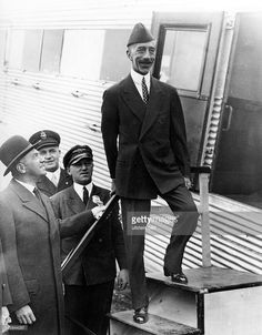 Unofficial visit of King Faisal I of Iraq in Germany: arrival at the... News Photo | Getty Images