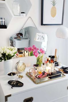 Decor Therapy: 5 rules for creating a stylish personal space (The Decorista) Decoration Inspiration, Room Inspiration, Decor Ideas, Make Up Tisch, Home Bedroom, Bedroom Decor, Bedrooms, Closet Bedroom, Bedroom Ideas