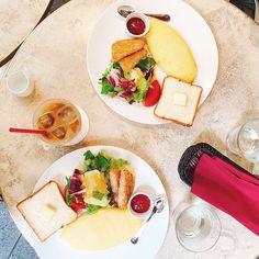 アニヴェルセルカフェ表参道 公式さん(@anniversaire_cafe) • Instagram写真と動画 Dairy, Cheese, Instagram, Food, Essen, Meals, Yemek, Eten