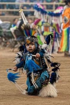 Life changes you. photos from across the internet. Native American Regalia, Native American Children, Native American Wisdom, Native American Pictures, Native American History, American Indians, American Symbols, Native Indian, Native Art