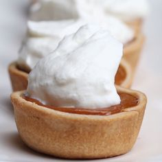 Pumpkin pie bites baking videos, cooking videos for kids, cooking videos tasty, delish Baking Recipes, Dessert Recipes, Mini Desserts, Delicious Desserts, Yummy Food, Pumpkin Recipes, Love Food, Food To Make, Food And Drink