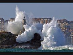 #Lighthouse - Isla de Mouro #Santander  #Cantabria #Spain - http://dennisharper.lnf.com/