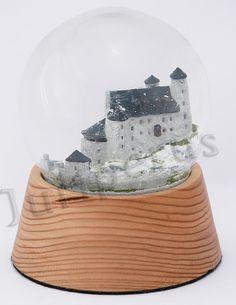 Szklana kula, zamek w Bobolicach. Jura krakowsko - częstochowska Snow Globes, Home Decor, Decoration Home, Room Decor, Home Interior Design, Home Decoration, Interior Design