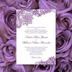 Invitations de mariage dentelle Vintage Purple par WeddingTemplates