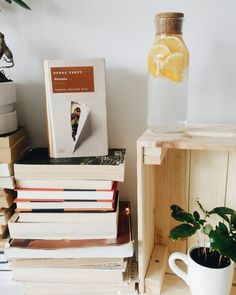 Magazine Rack, Furniture, Instagram, Home Decor, Decoration Home, Room Decor, Home Furnishings, Home Interior Design, Home Decoration