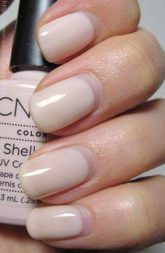 Auf Tines Blog entdeckte ich vor einiger Zeit Berichte über den UV Nagellack Shellac von CND. Ich wollte das unbedingt...