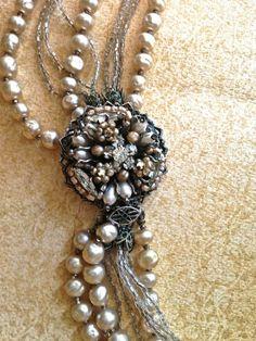 Vintage pearls via JNP Vintage Jewellery