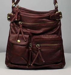 Brown cross body bag, a great purse for Fall!