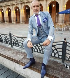 いいね!1,245件、コメント78件 ― Thesuitedtravellerさん(@thesuitedtraveller_)のInstagramアカウント: 「Suit by @sartoriarossi shirt by @skabo bespoke loafers by @bocachesalvuccicalzolai pocket square by…」