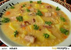 Vydatná hrachovka recept - TopRecepty.cz Czech Recipes, Goulash, Cheeseburger Chowder, Stew, Food And Drink, Treats, Anna, Sweet Like Candy, Sweets