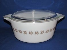 PYREX CASSEROLE DISH Town and Country 475  2.5 by OurLeftovers