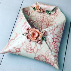 Ceramic Tools, Ceramic Birds, Ceramic Art, Ceramics Projects, Polymer Clay Projects, Diy Clay, Hand Built Pottery, Slab Pottery, Ceramic Pottery