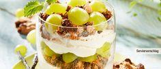 Quark-Trauben-Schicht-Creme mit Cookies