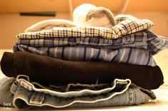 Save Money on Laundry :: DIY Felted Wool Dryer Balls