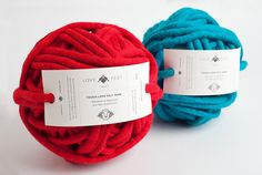 Love Fest Fibers is a new small company based in San Francisco, that creates yarns from 100% alpaca and merino wool, utilizing materials such as recycled plastic bottle fiber and fashion industry remnants.