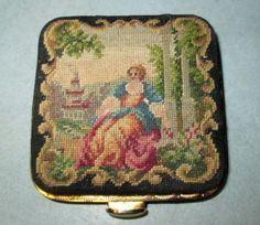 Needlepoint Square Powder Compact