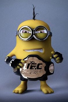 UFC Minion - Ok.I will NEVER understand the fascination with watching two grown men beat each other to a pulp but he likes UFC. Minion Rock, Minion S, Cute Minions, Minion Banana, Minions Despicable Me, Girl Minion, Minion Wallpaper Iphone, Batman Minion, Minion Characters