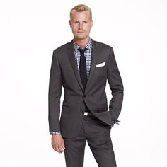 Ludlow two-button suit jacket with double-vented back in herringbone Italian wool