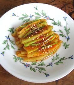 Ecorce de pasteque à la coréenne French Table, Feel Better, Vegetarian Recipes, Bbq, Fruit, Cooking, Breakfast, Desserts, Recipes