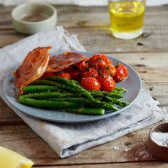 Tomato & asparagus salad with prosciutto