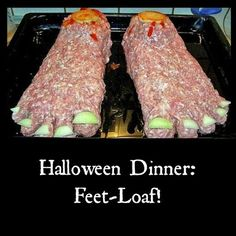 Halloween Feet-Loaf and lots of other Halloween food ideas Over 50 of the BEST Halloween Food Ideas - everything from party ideas, snacks, dinners, and more. Fun and Spooky ideas that Kids and Adults will love! Halloween Snacks, Comida De Halloween Ideas, Hallowen Food, Fete Halloween, Halloween Dinner, Halloween Goodies, Holidays Halloween, Spooky Halloween, Halloween Crafts