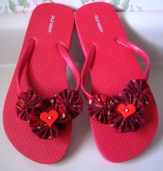 Red Hot Flip Flops decorated with handmade Yo Yos by aquarius247, $10.50