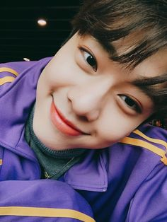 Happy birthday to donghyun I wish you happiness. I will always give encouragement. Daejeon, I Wish You Happiness, Fraternal Twins, How To Cure Depression, Blackpink And Bts, Fandom, Kim Hongjoong, Kim Dong, Save The Day