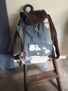 DIY rucksack I watched DIY RuckSack Tutorial-Back to School by  CRAFTYAMY on YouTube