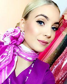 💜✈️ _____________________________________ #wowair #wowaircrew #bethelight #iceland #niceland #reykjavik #cabincrew #wowairlines #pink #thinkpink #airline #flightattendant