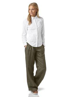 Legerer und bequemer Freizeitlook - Hose aus reinem Hessenleinen von Hessnatur. Die passende Jacke dazu -  farbliche das perfekte Outfit für den Herbsttyp.
