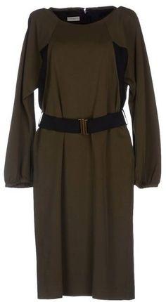 Pin for Later: Auf die Einkaufsliste: 17 früh-herbstliche Kleider Dries Von Noten Kleid Dries von Noten knielanges Kleid (524€)