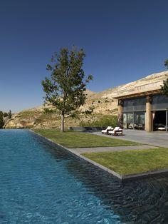 Salame Residence - Beirut, Lebanon. Front garden floating on water. Image: Matteo Piazza