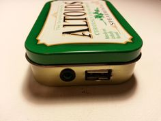 This is a cool DIY altoids charger