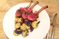 recept voor klassieke lamsracks met honing-tijm saus en aardappeltjes met blue stilton. JUMMIE!